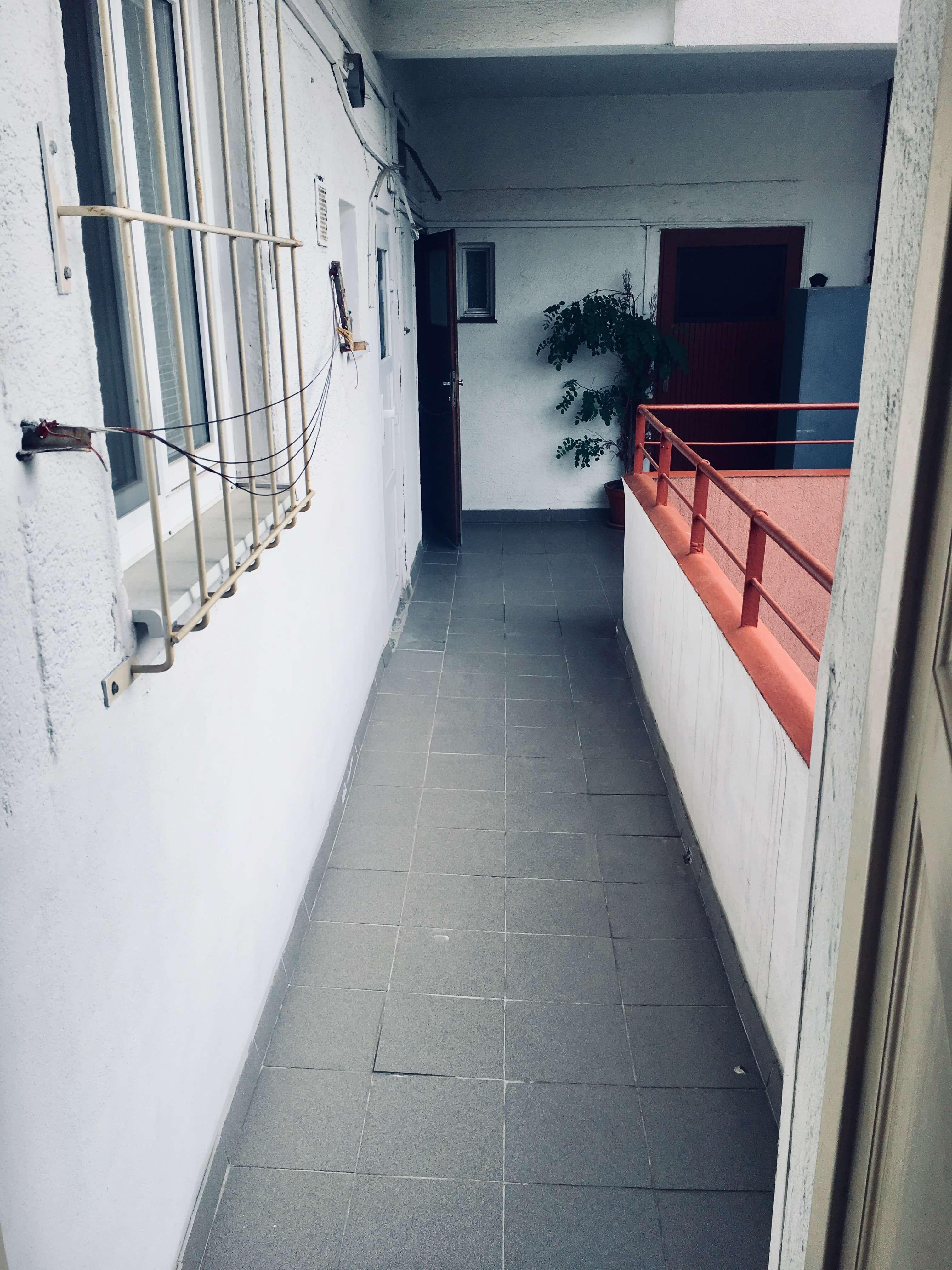 Prenajaté: Exkluzívne na prenájom 1 Izbový byt, 43 m2, pavlač 7 m2, Šancová 25, Staré mesto-5