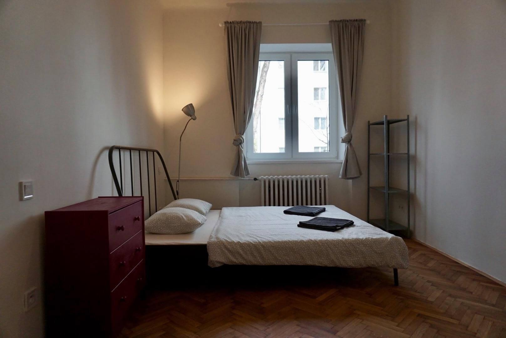 Exkluzívne na prenájom 3 Izbový byt, 64m2,  Liptovská ulica, blízko Dulovho námestia, Ružinov,-3
