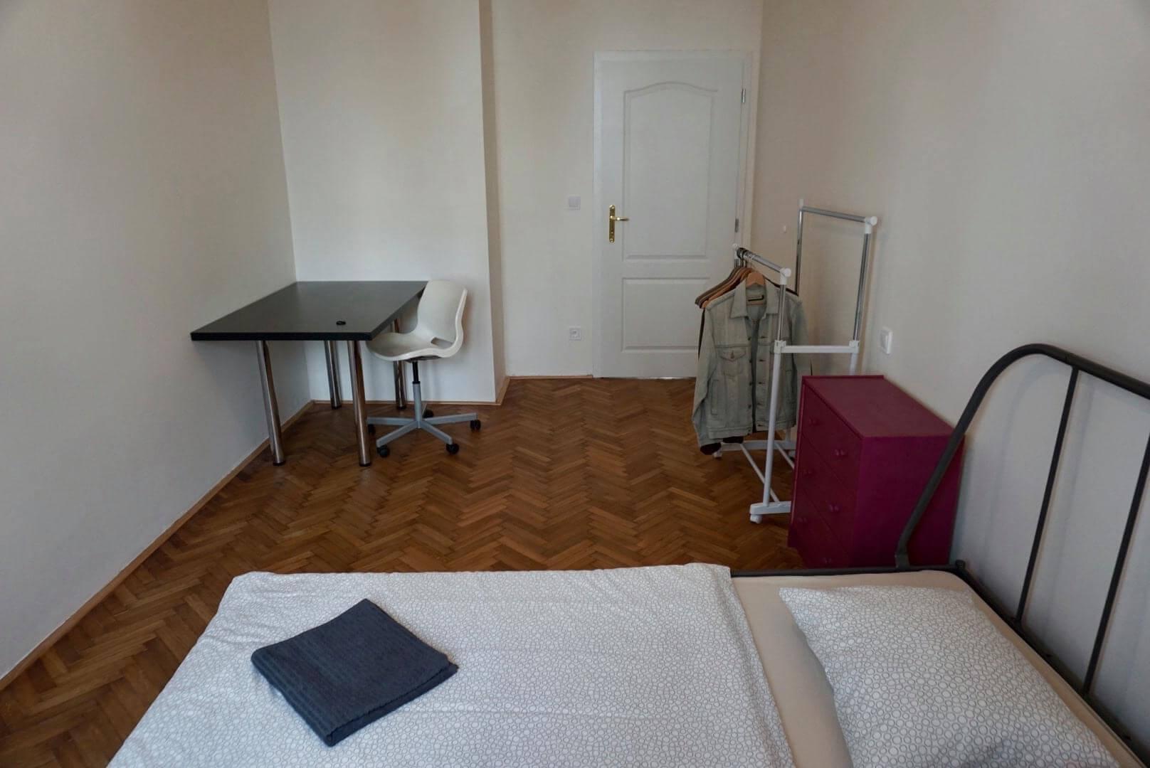 Exkluzívne na prenájom 3 Izbový byt, 64m2,  Liptovská ulica, blízko Dulovho námestia, Ružinov,-6