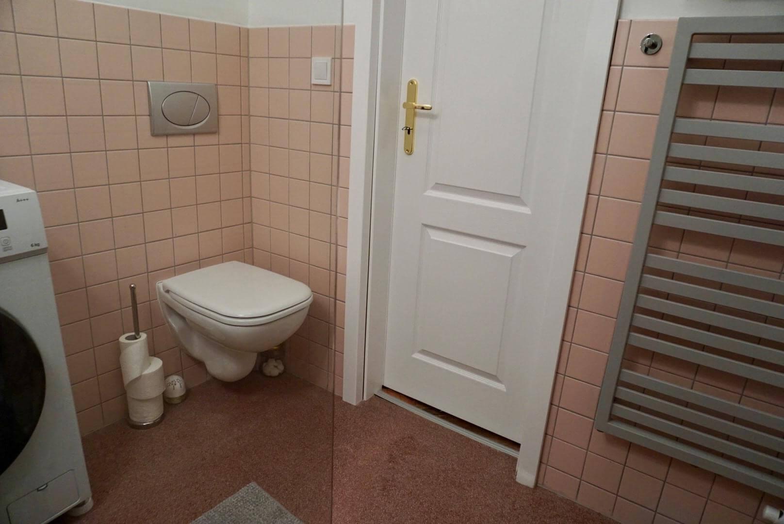 Exkluzívne na prenájom 3 Izbový byt, 64m2,  Liptovská ulica, blízko Dulovho námestia, Ružinov,-7
