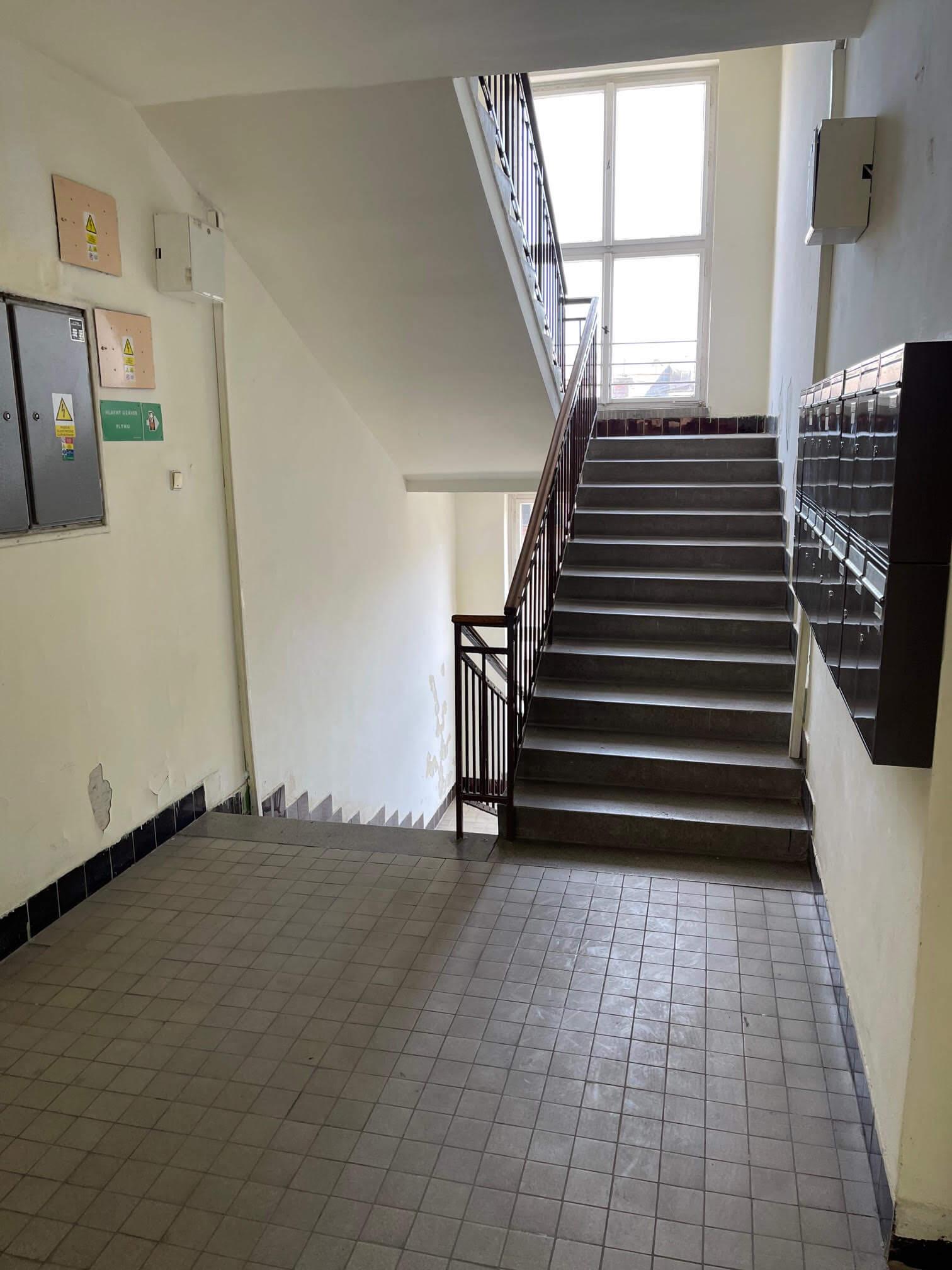 Exkluzívne na prenájom 3 izbový byt, centrum, Fraňa Krála 20, 101m2, garáž + parkovacie miesto-5