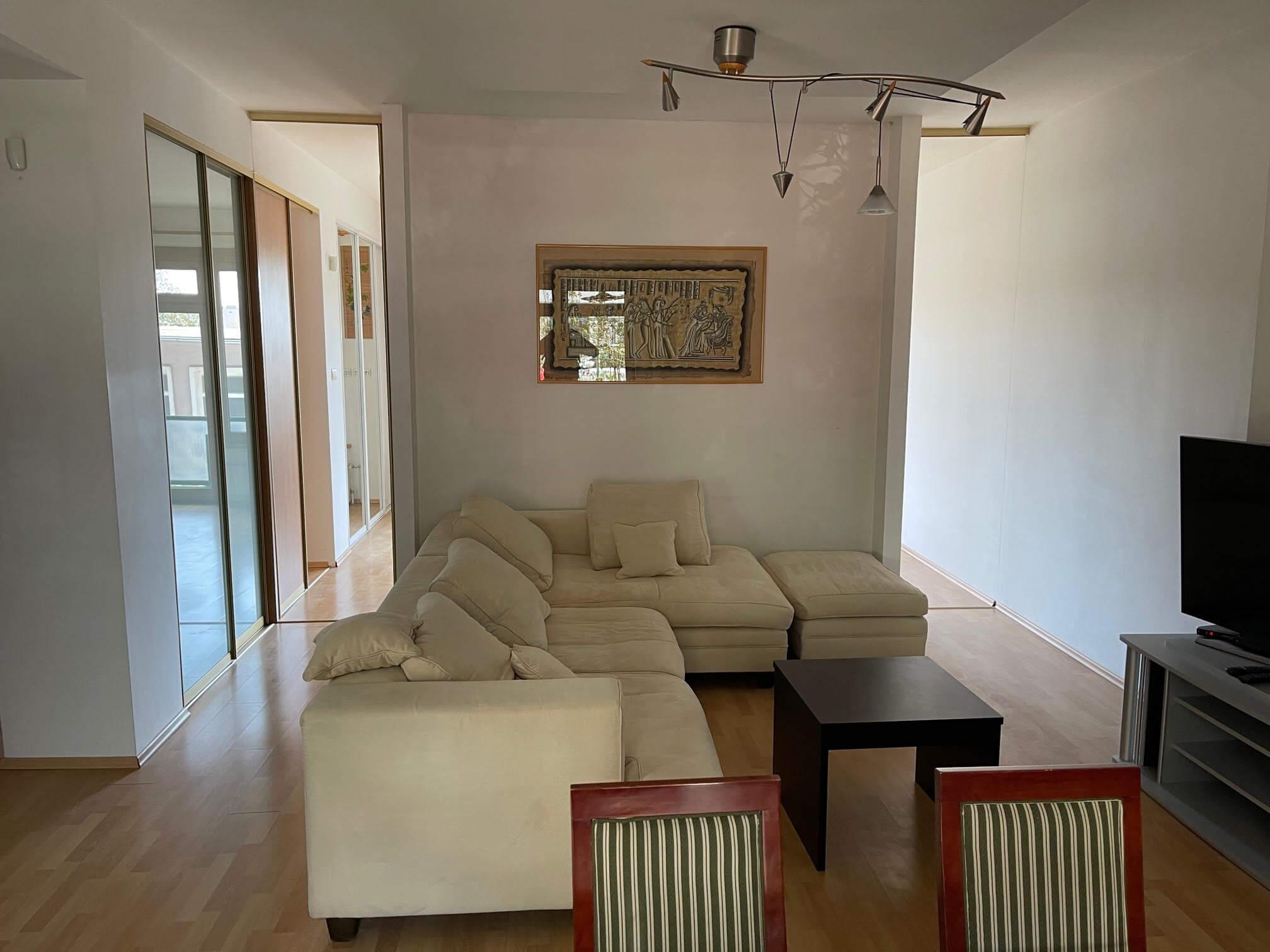 Exkluzívne na prenájom 3 izbový byt, centrum, Fraňa Krála 20, 101m2, garáž + parkovacie miesto-0