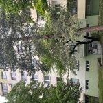 Exkluzívne na predaj zrekonštruovaný 2 izbový byt, 48m2, Fedáková 12, Dúbravka, pri OC Saratov-3
