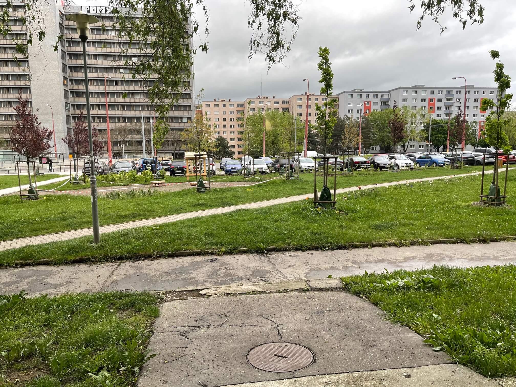 Exkluzívne na predaj zrekonštruovaný 2 izbový byt, 48m2, Fedáková 12, Dúbravka, pri OC Saratov-4