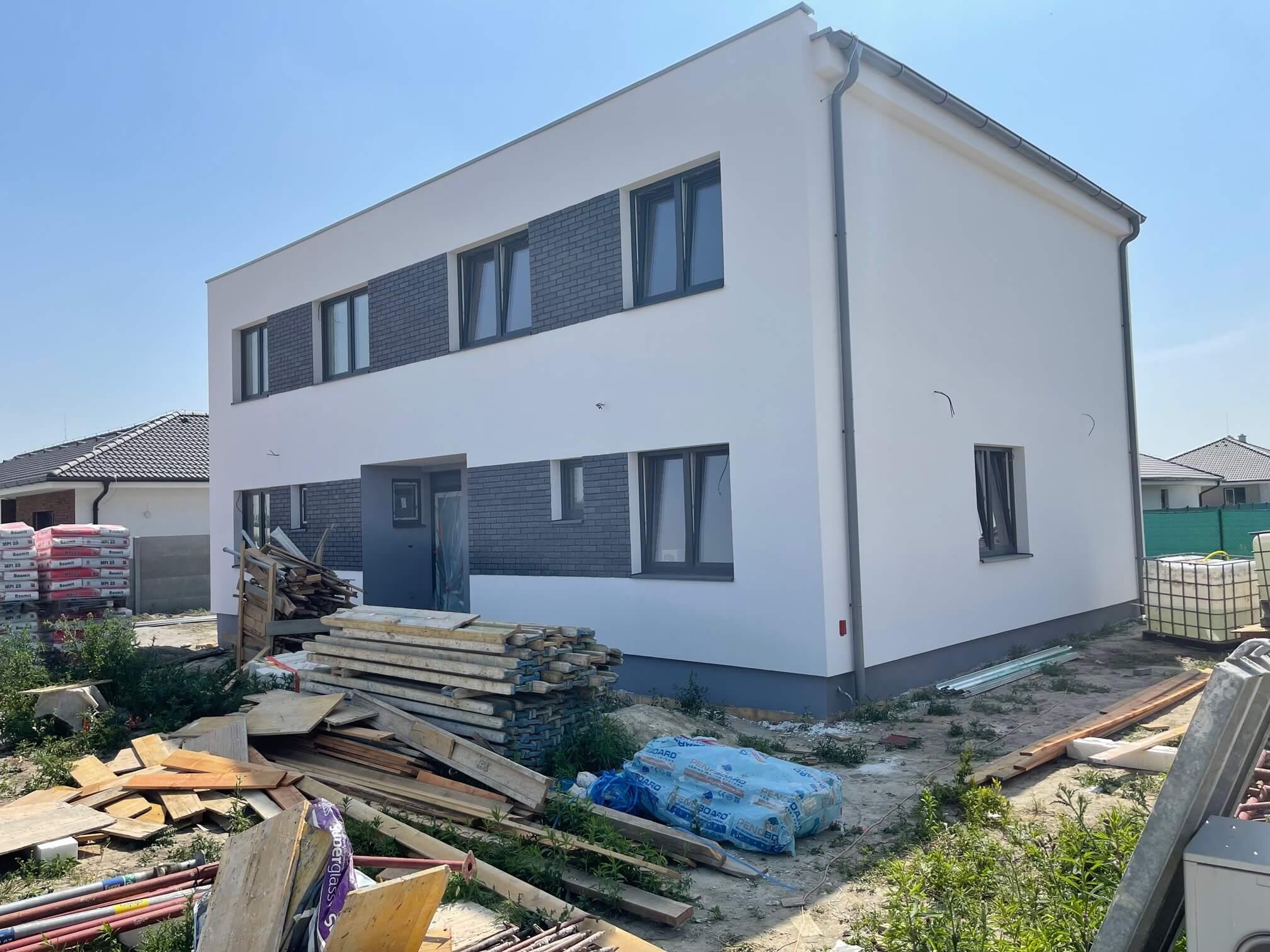 Exkluzívne 4 izbový Rodinný dom, 2 poschodový, úžitková 96,43m2, pozemok 230m2, Figová Miloslavov,-19