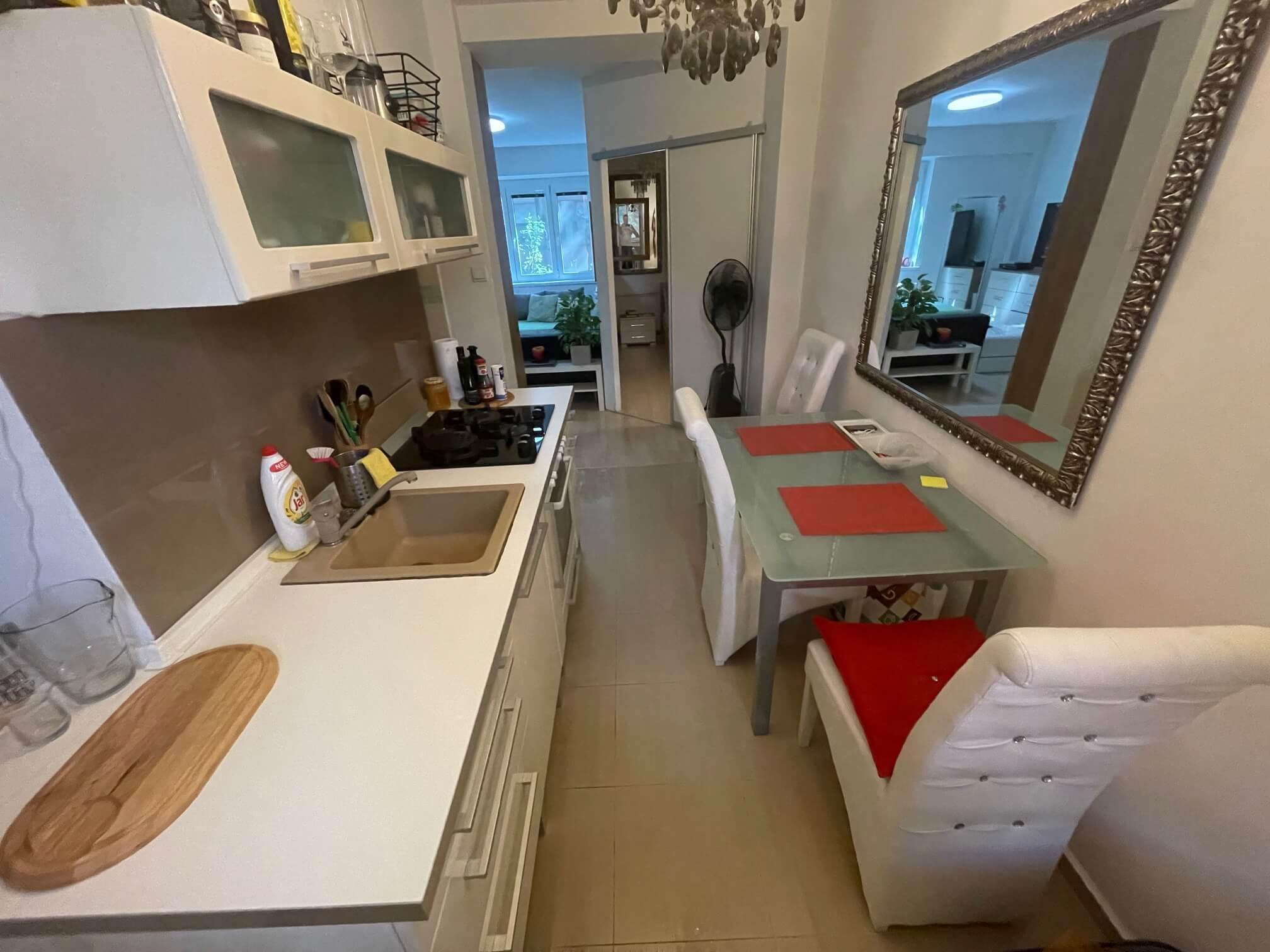 Exkluzívne na predaj 1,5 izbový byt, Šancová 55, zrekonštruovaný, 44m2, pivnica 3m2 + 5m2-21
