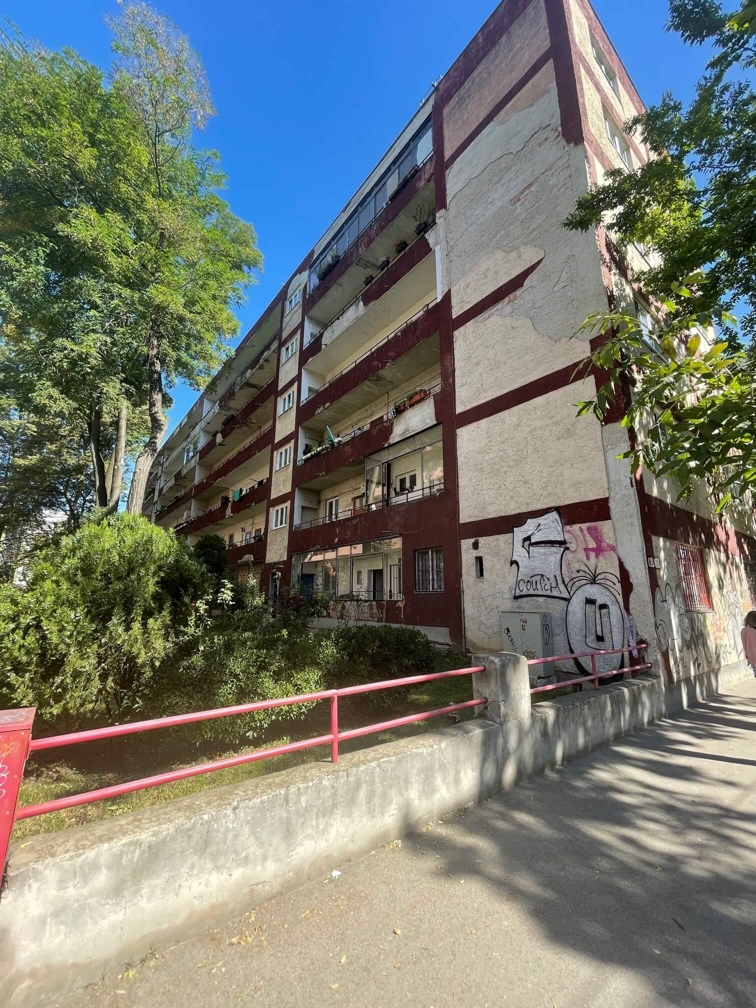 Exkluzívne na predaj 1,5 izbový byt, Šancová 55, zrekonštruovaný, 44m2, pivnica 3m2 + 5m2-10