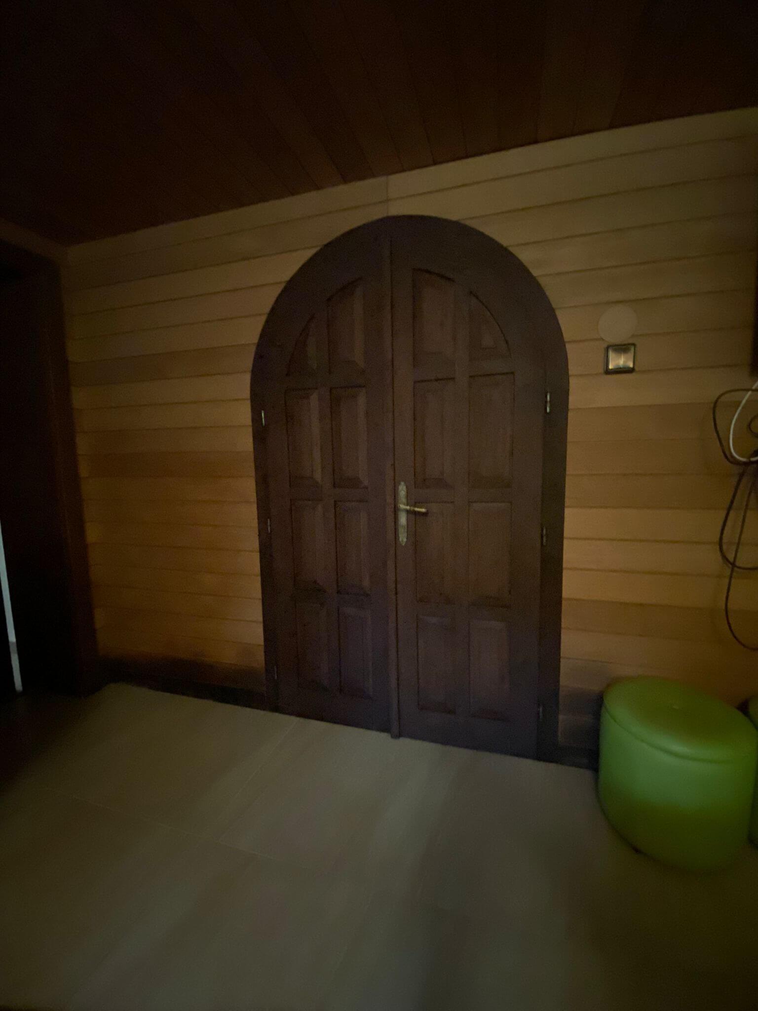 Rodinná Vila 6 izbová, úžitková 650m2, 3 podlažia, pozemok 1008m2, Lučenec – Opatová-27