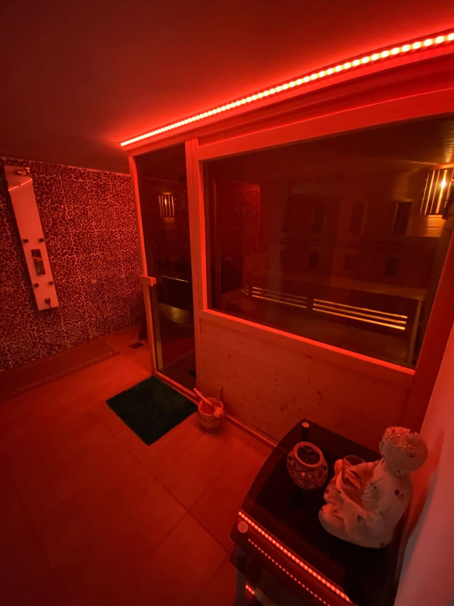 Rodinná Vila 6 izbová, úžitková 650m2, 3 podlažia, pozemok 1008m2, Lučenec – Opatová-26
