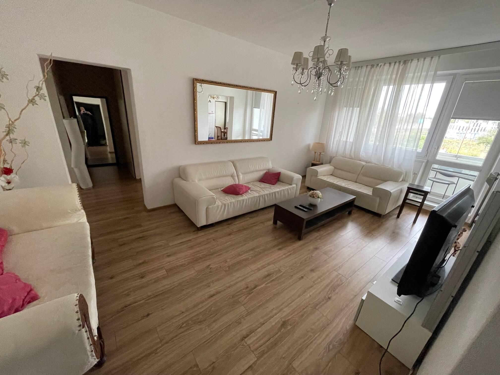 Exkluzívne na prenájom 3 izbový byt, 83m2, 2x loggia 4,5m2, Karolovka, Janotová 8-25