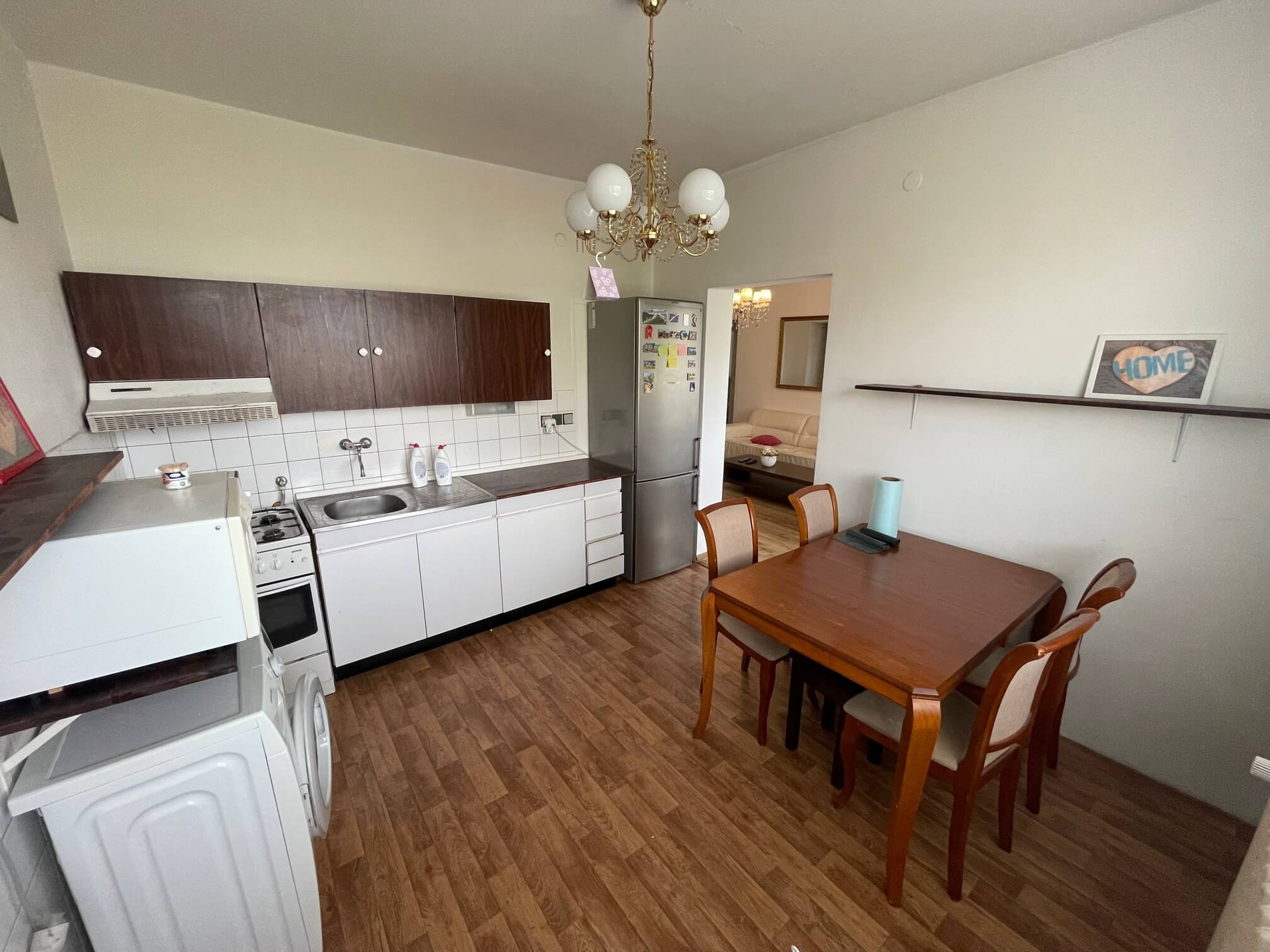 Exkluzívne na prenájom 3 izbový byt, 83m2, 2x loggia 4,5m2, Karolovka, Janotová 8-3