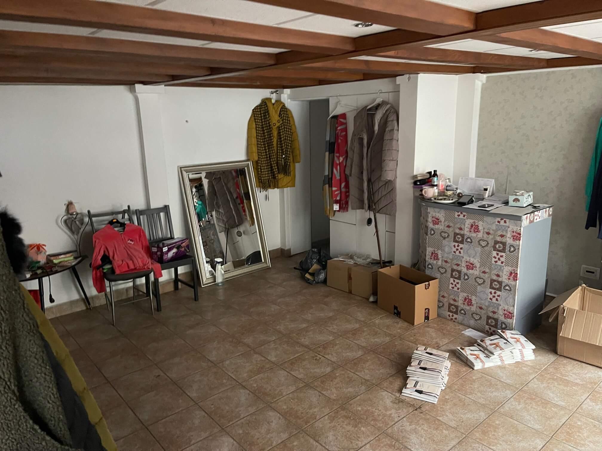 Obchodný priestor na prenájom, úžitková 42m2,  Košická 42, 2xwc, kuchynka, sklad-3